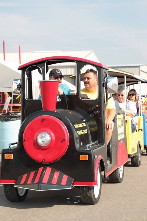 Trackless Train (electric)